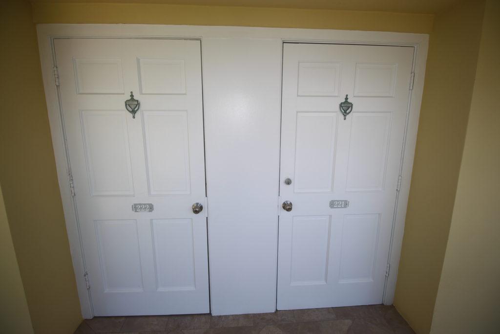 04 Front Door(s)