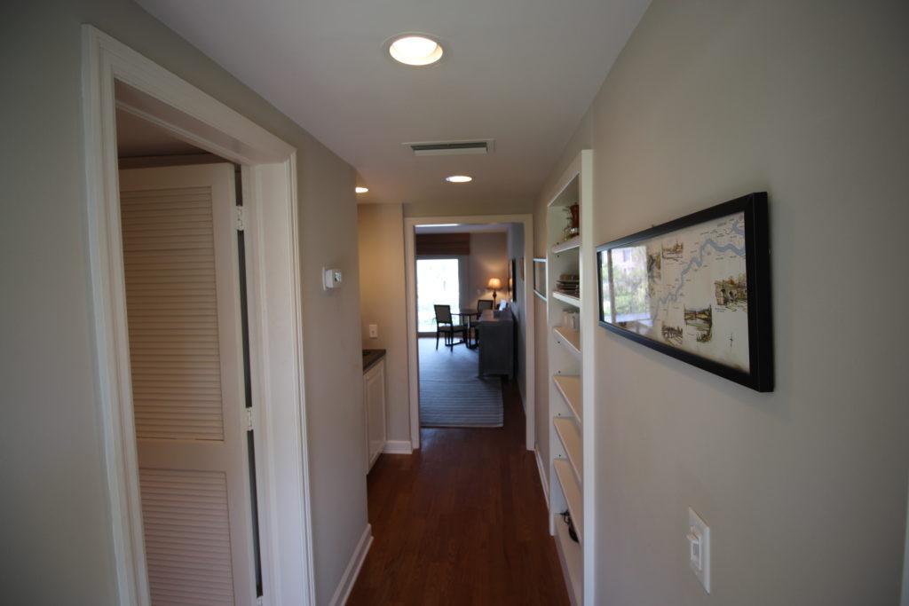 05 Foyer